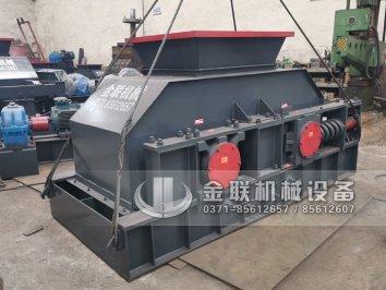 半自动2PG1200x800大型液压对辊破碎
